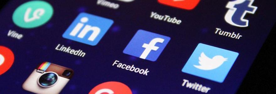 Les réseaux sociaux face au confinement